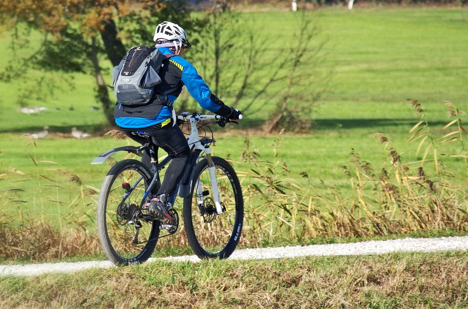 Fahrradbekleidung und Zubehör